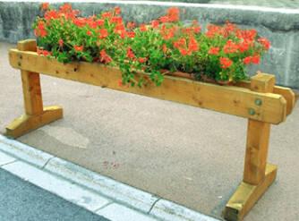 1b4b7037623f4_passage-interdit-fleuri