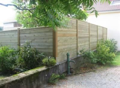 Mur pare vue plein au m² pleine masse ép 27mm poteau 10×10