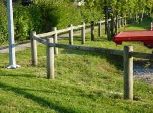 Clôture bois poteau Ø14cm 1 lisse Ø8cm 2m