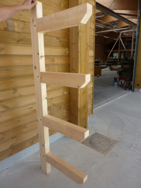rack en bois pour petites charges menuiserie bertin. Black Bedroom Furniture Sets. Home Design Ideas