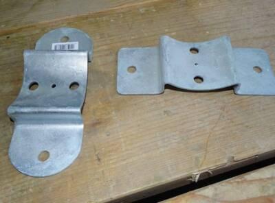 raccord metallique galva pour demi rondin diam 10cm