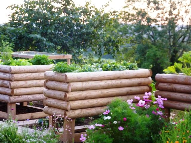 Jardini re 1 2 rondins horizontaux 200x100x57 surelev e - Jardin en hauteur en bois ...