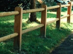 Clôture  bois poteau 95×140  2 lisses rondes Ø8cm 2m