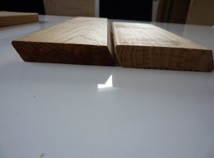 Platelage Acacia abouté profil plat trapèze 22×120 en 4m20