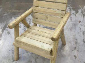 chaise de jardin avec accoudoir